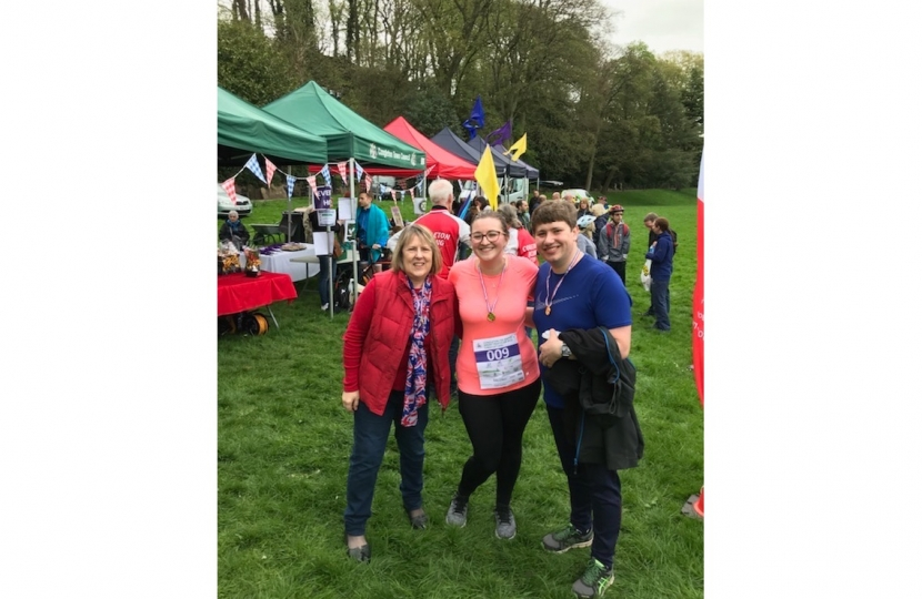 Fiona and team takes part in Congleton's 700 Mayor's ...